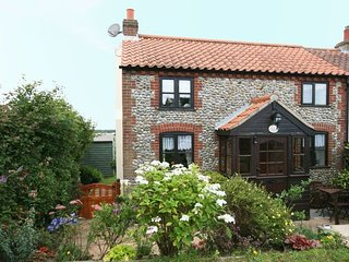 KT120 Cottage situated in Trimingham