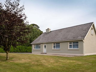 Mai's  View Cottage, Wellington Bridge, South Wexford - Sleeps 7 - Mai's View Co