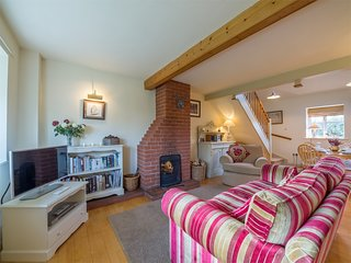 KT183 Cottage situated in Great Snoring