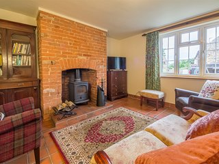 KT167 Cottage situated in Helhoughton