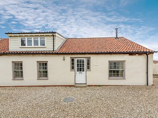 KT063 Cottage situated in Burnham Overy Staithe