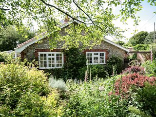 KT036 Cottage situated in Cley-next-the-Sea