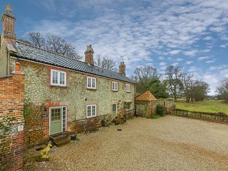 KT074 Cottage situated in Ingoldisthorpe