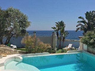 Luxury villa Teti