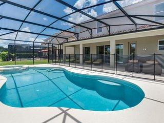 Budget Getaway - Solterra Resort - Welcome To Relaxing 10 Beds 8 Baths Villa