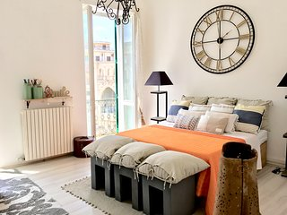 Balivo's House: B&B Suite on the Main Square with breakfast- Lecce