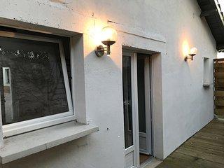 Maison independante au calme avec terrasse