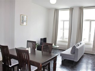 Saint Pauls Suite 35