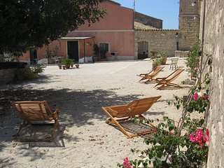 Monolocale panoramico in un antico baglio siciliano