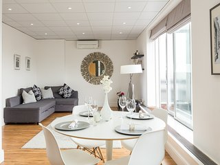Very spacious penthouse apartment with a large private terrace