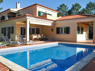 4 bedroom Villa in Quinta do Chaparro, Setubal, Portugal : ref 5666540