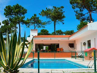 3 bedroom Villa in Aroeira, Setúbal, Portugal : ref 5666537