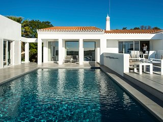 5 bedroom Villa in Porches, Faro, Portugal : ref 5666535
