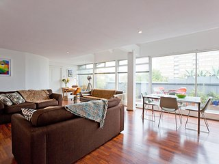 Old street - Clerkenwell PENTHOUSE 2 bedroom apartment = 2 min to Old St station