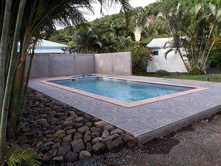 Alize de Baz'Creole, piscine et 250 m plages