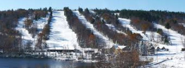 Big Boulder ski area just 3 minute drive away