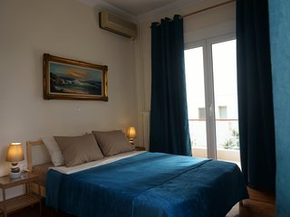 Rent apartment near sea in the Athens Center