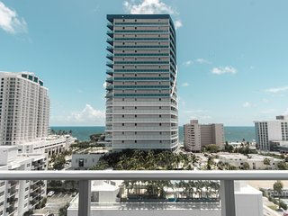 New Luxe Condo with Amazing Ocean Views!!