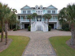 Sun Beam on Isle of Palms ~ OCEAN FRONT, Private Pool & Beach Access, Elev