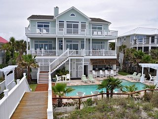 Bishops on Isle of Palms ~ OCEAN FRONT , Private Pool & Beach Access, Elev