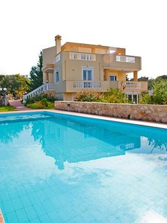RETHYMNO:BEAUTIFUL VILLA WITH SWIMMING POOL, SEA VIEW, ROCK GARDEN, OLIVE GROVE