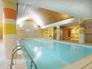 Studio cosy et équipé, proche du centre | Accès piscine intérieure