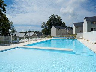 A 10 minutes de la plage ! Maison duplex avec accès piscines