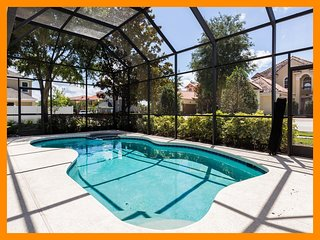 Reunion Resort 239 - Charming cottage with pool and unlimited free waterpark acc