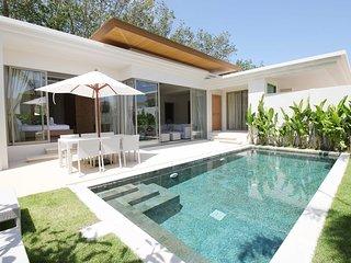 Elegant 3 Bed Pool Villa near Laguna, Bangtao