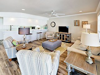 4BR Pet Friendly Heritage Shores Beach House w/ Pool – Private Gulf Access!