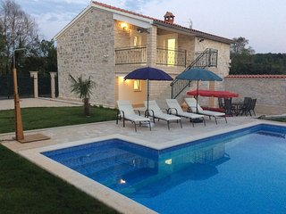 Villa Lenny with private swimming pool in a quiet location near Porec