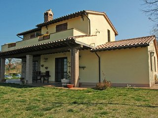 3 bedroom Villa in San Terenziano, Umbria, Italy : ref 5218200