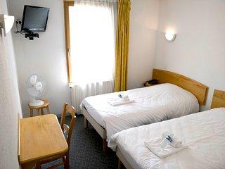 Hotel La Bosselle (Chambre Double 2 lits simples No 6)