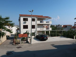 3 bedroom Apartment in Barutana, Splitsko-Dalmatinska Zupanija, Croatia : ref 56