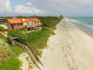Executive Luxury Oceanfront Apt At Melbourne Bch House-- The Heron