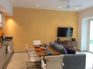 Beautiful modern unit in a brand new luxury building  located in Old Town Puerto