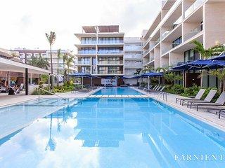 Oceana 417 Chic brand new apartment 2 min to the beach