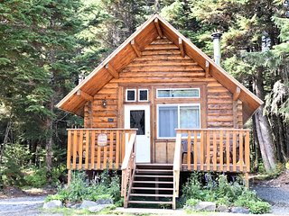 Alyeska HIdeaway Log Cabins- Glacier Cabin