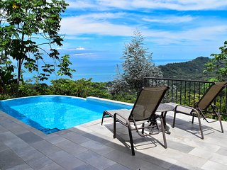 Unforgettable Ocean View, Private Pool, Comfort & Relaxation at Villa Diamante
