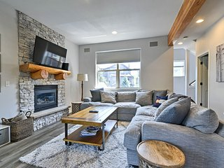 NEW-Frisco Townhome Near Downtown w/Furnished Deck