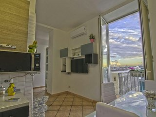 Salerno Apartment Sleeps 3 with Air Con - 5667181