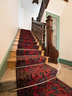 This beautiful stair carpet will show you the way to your apartment 2 floors higher.