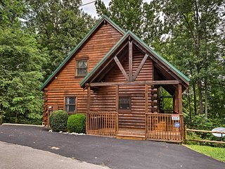 NEW! Quiet Sevierville Cabin - 10 Min to Dollywood