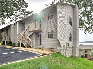 NEW! Lake Hamilton Resort Condo w/ Boat Slip!