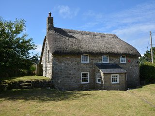 32050 Cottage situated in Penzance (3.5mls NE)