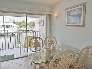 Beautiful Water view Marina side, Nicely Decorated Condo with Pool,  A1115MB