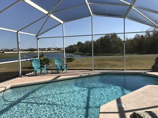 4 BR Pool Home, Jacuzzi, WiFi, BBQ