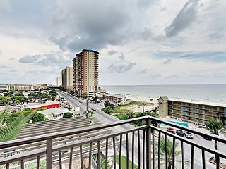 Origin 2BR w/ Wraparound Deck & Resort Amenities—Walk to Beach & Attractions