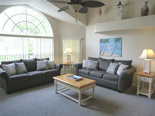 'THE DISNEY WORLD EXPERIENCE!' New Vacation Home, Low Rates, 5 Min's Disney!