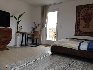 City Apartment Düsseldorf 3 min to main station